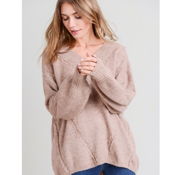 Boutique Sweaters - Mauve V-Neck Sweater, NWT